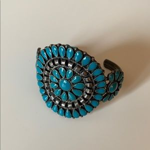Jewelry - Vintage Turquoise Cuff
